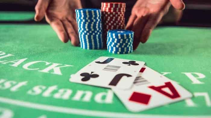 Finding the Best Odds at Online Casinos