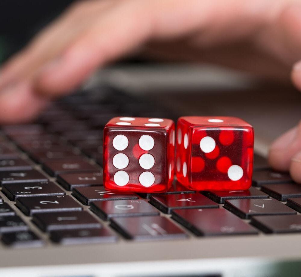 Advantages & Disadvantages Of Online Casinos